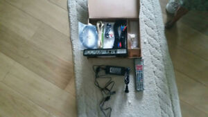 Shaw Satellite DSR600  HD  receiver complete ,used
