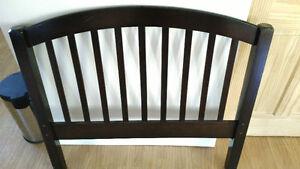 Base de lit simple pour enfant