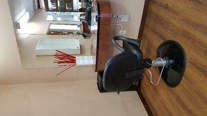 chair rental hairstylist - Confidentiality Assurred