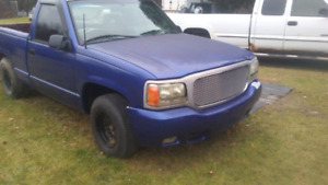 1988 chev shorty parts truck. Box is sold.