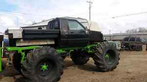 """1985 4x4 on rockwells and 55 """" tractor tires"""