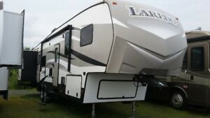 2016 Laredo 385BH,New Condition