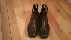 Blundstone Boots - Black Size 8, NA size 9