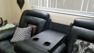 3 seater and 2 seater sofa set/recliner