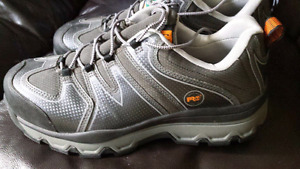 Mens Timberland Pro steel toe Shoes sz 11W...worn once.