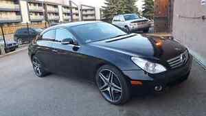 06 Mercedes CLS 500 beautiful