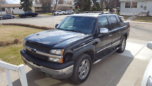 2005 Chevrolet Avalanche 4WD Pickup Truck