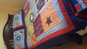 Boy's sports themed bedding set