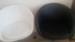 IKEA SKRUVSTA office chair - 2 chairs