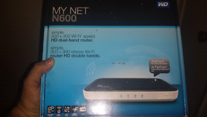 Western Digital My Net N600 HD Dual-Band Router .