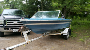 Grew Runabout boat