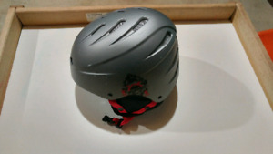 Snowboard helmet almost brand new