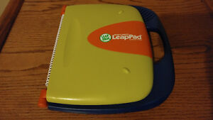 Leap Frog LeapPad Learning System With Cars K-1 Reading & Math