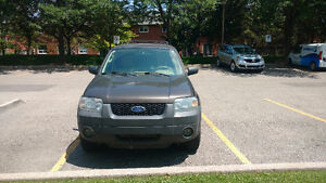 2006 Ford Escape XLT SUV, Rust free with AllSeason&Winter Tires