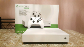 Xbox one   in Crawley, West Sussex   Gumtree