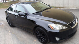 2007 Lexus IS250 LOADED! BLACK ON BLACK! ENTRETENU CHEZ LEXUS!