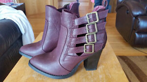 Burgundy strappy healed boots
