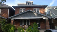 Cozy and Quiet House Close to University Windsor