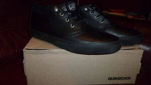 NEW QUICKSILVER LEATHER SHOES