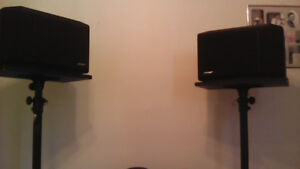 301 B0SE SPEAKERS AND STANDS PERFECT FOR PA SET UP OR ACOUSTIC