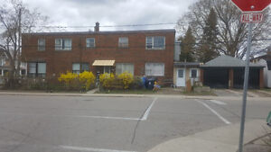 6 Plex for sale in Toronto ( Runnyemede and St.Clair )