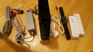 Wii - Modded to include 4000+ retro games(NES,SNES,SEGA,N64...)