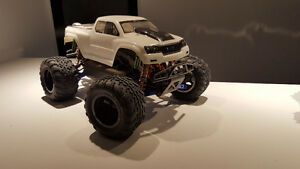Hpi savage xs with lot of up upgrades !! West Island Greater Montréal image 2