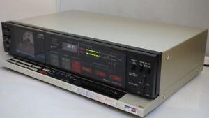 AIWA AD-F660 3 Head cassette deck, Dolby B, C, HxPro