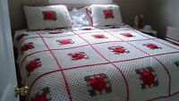 1950s--HAND CROCHETED nEWFOUNDLAND BED SPREAD AND 2 SHAMS