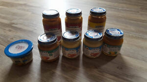 8 Heinz baby food jars - various flavours-expire in late 2017/18