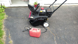 Sidewalk Snow Thrower