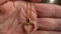 BIRKS  18K yellow gold heart necklace