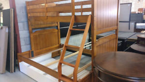 ** LIGHTLY USED Single Over Double Bunk Bed