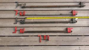 4 Pipe Clamps