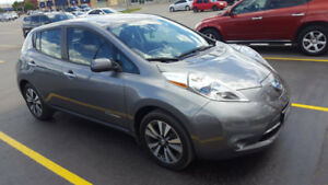 Fully Loaded 2015 SL Nissan Leaf-Full Electric Vehicle