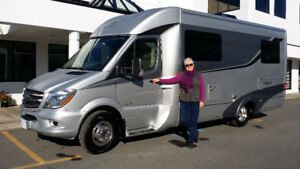 2015 Leisure Travel Van UNITY U24TB