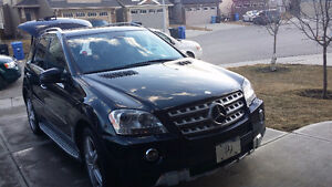 2011 Mercedes-Benz 500-Series 550 ml SUV, Crossover