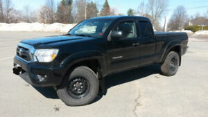 TOYOTA TACOMA 2012 - 4x4 - ACCESS CAB- 4.0L, 6 cylinder engine.