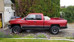 1999 Dodge Ram 1500 4x4 Laramie (firm price)