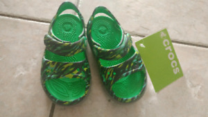 Size 6 toddler crocs (fit like 5)