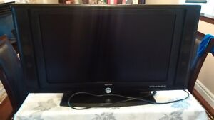 32 in SOYO TV for sale