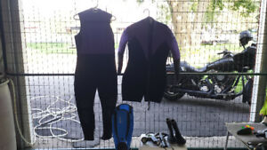 Ladies scuba 2 piece wetsuit and accessories