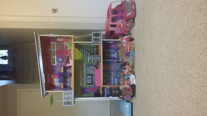 Barbie house and dolls. Peterborough Peterborough Area image 2