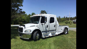 2005 FREIGHTLINER SPORTCHASSIS M2 BUSINESS CLASS HAULER