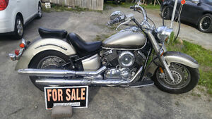 MAKE ME AN OFFER - 2003 Vstar 1100 with a 2002 parts bike