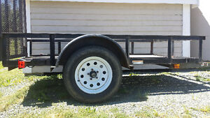 2013 carry on 5x8 trailer