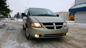 2006 SXT Dodge Grand Caravan  - low kms!