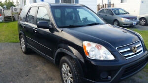 Parting out a 2005 Honda CRV , Parts or Whole