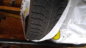 4 Michelin X-ICE tires on rims. Certified Peterborough Peterborough Area image 1