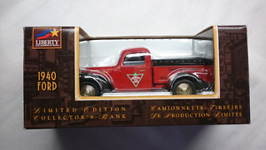 LIBERTY CLASSICS  CANADIAN TIRE 1940 FORD BANK DIE CAST MINT